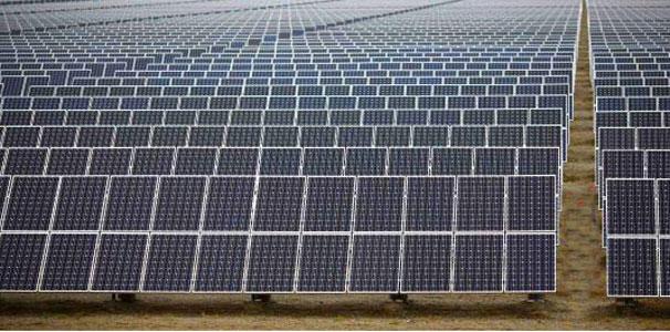 evolucion paneles solares en el mundo